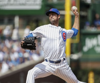 Atlanta Braves sign All-Star pitcher Cole Hamels to one-year, $18M deal