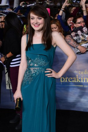 Dakota Fanning to play accused baby killer in 'Every Secret Thing'