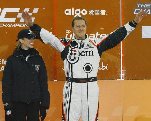 Michael Schumacher to continue rehabilitation at home
