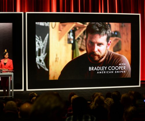 'American Sniper' tops the North American box office for a second weekend