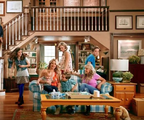 'Fuller House' releases first footage of cast