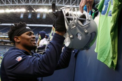 Seattle Seahawks hope to have C.J. Prosise back this week