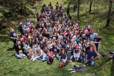 Documentary sets Guinness record for largest dog photo shoot