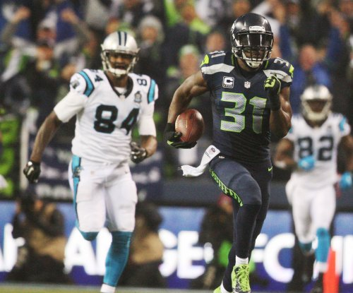 Cliff Avril on Kam Chancellor: 'He's making the right decision'