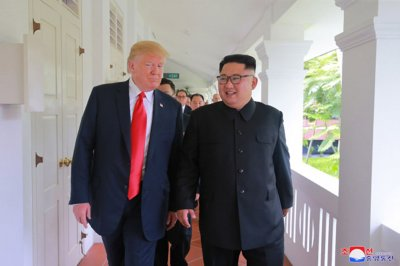 Trump tweets friendly letter from Kim Jong Un