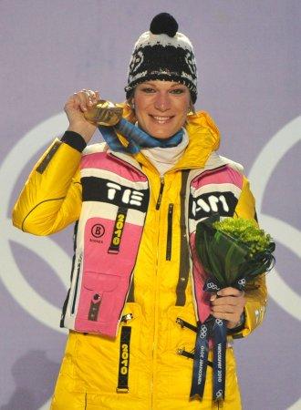 Hoefl-Riesch wins tight women's slalom