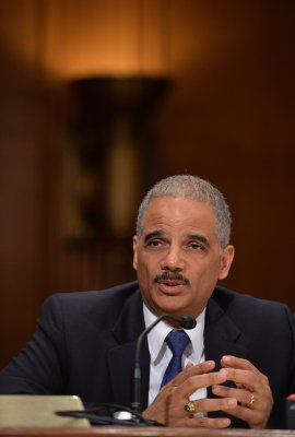 Eric Holder: U.S. investigating high-speed trading