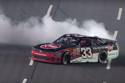 Austin Dillon completes Xfinity sweep at Charlotte