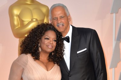 Oprah credits Stedman's motivation for her 30-pound weight loss