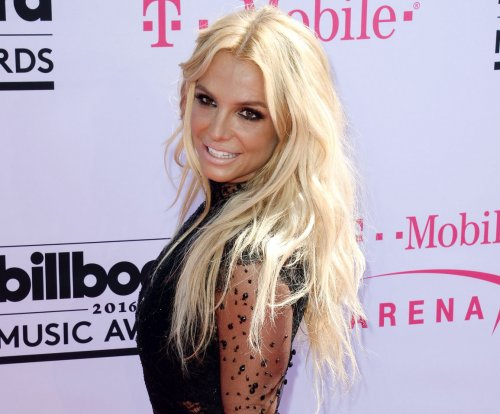 Britney Spears teases new song in Private Show fragrance ad
