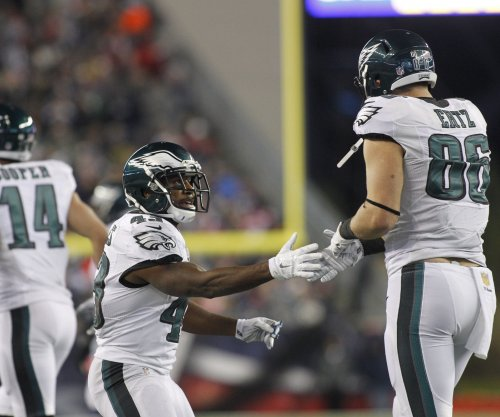 Philadelphia Eagles TE Zach Ertz, CB Leodis McKelvin ruled out