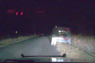 Seemingly dead deer springs back to life in Wisconsin man's trunk