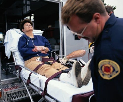 Women often hesitate to call for help when heart attack strikes