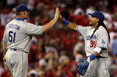 MLB: LA Dodgers 5, St. Louis 3 (10 inn.)