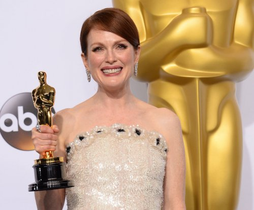 Julianne Moore says husband predicted Oscar win