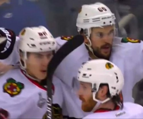 Top Shelf: Experienced Blackhawks find a way