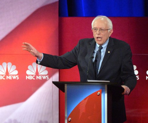 CBS poll: Sanders leading in both Iowa and New Hampshire