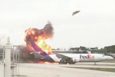 FedEx cargo plane catches fire landing at Fort Lauderdale airport