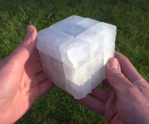 British man makes working Rubik's cube from ice