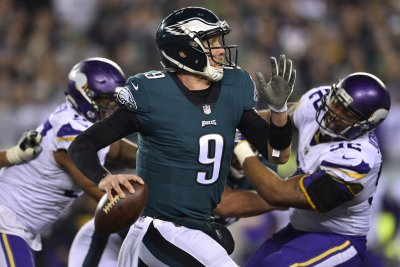 Philadelphia Eagles' Nick Foles to start in Week 16; Carson Wentz to avoid IR