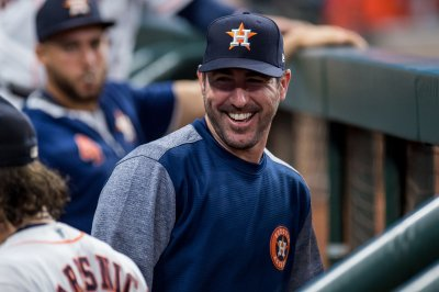 Astros ace Justin Verlander no-hits Blue Jays