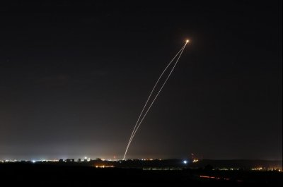 Israel answers rocket attack by striking Hamas targets
