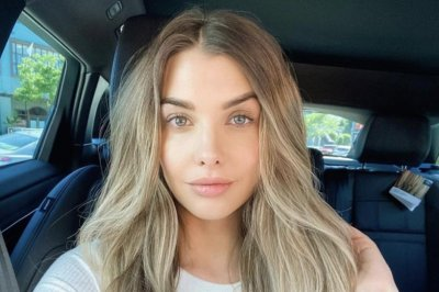 Model Emily Sears undergoes 'strange and surreal' brain surgery