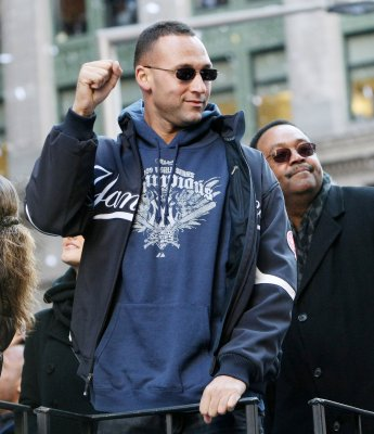 Yankees honored with ticker-tape parade