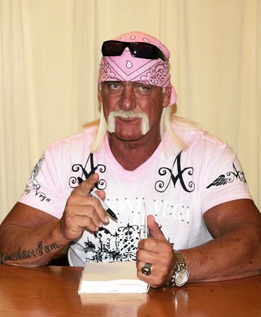 Hulk Hogan, Jennifer McDaniel wed in Fla.