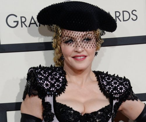 Madonna denies Sean Penn ever 'physically assaulted' her