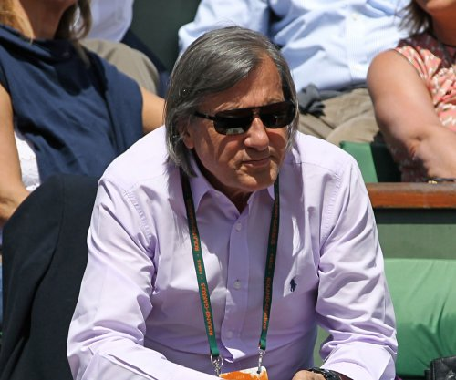 Ilie Nastase apologizes for racist remarks about Serena Williams' pregnancy