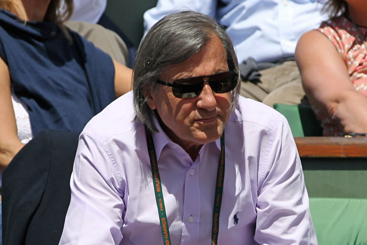 Ilie Nastase apologizes for racist remarks about Serena Williams