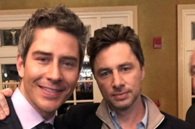 'Bachelor' star Arie Luyendyk Jr. meets his 'twin' Zach Braff