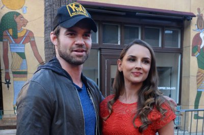 Rachael Leigh Cook, Daniel Gillies separate after 15 years of marriage