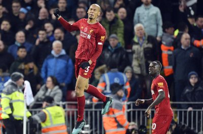 Fabinho blast sparks Liverpool win over Manchester City