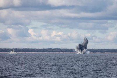 NATO mine hunting exercise finds WWI, WWII mines in Latvian strait