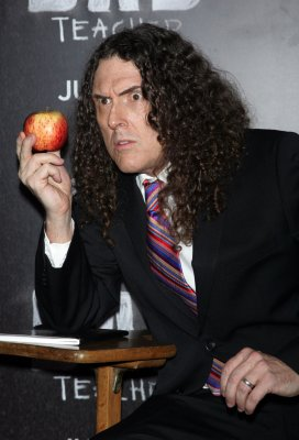 Weird Al to perform 'TMZ' song on 'Late Late Show'