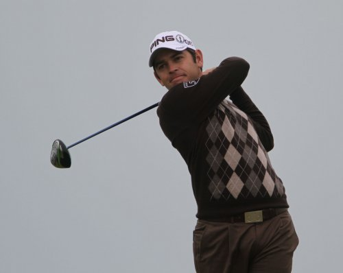 Oosthuizen, Scott in front in China
