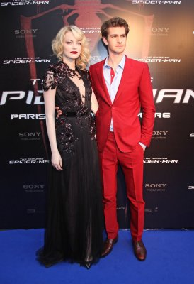 'Spider-Man' swings to top of box office