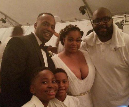 Jill Scott weds longtime boyfriend Mike Dobson