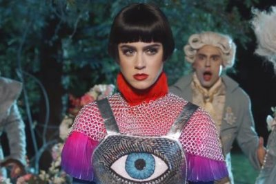 Katy Perry dresses as Joan of Arc in new 'Hey Hey Hey' music video