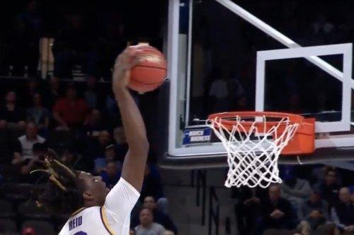 March Madness: LSU's Naz Reid attacks rim on dunk vs. Yale