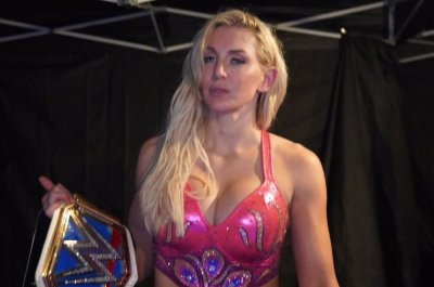 WWE Smackdown: Charlotte Flair wins Women's Championship