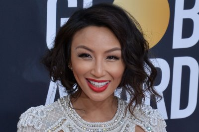 Jeannie Mai hospitalized, exits 'Dancing with the Stars'