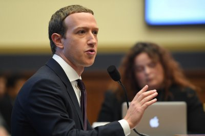 Facebook, Instagram ban Trump indefinitely in wake of Capitol siege