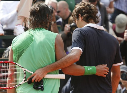 Federer handles Nadal for ATP Finals crown