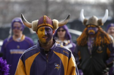 Advocates still pushing new Vikings home