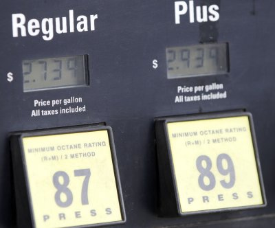 EPA upsets farmers, renewable fuel backers with lower quotas for gasoline blends