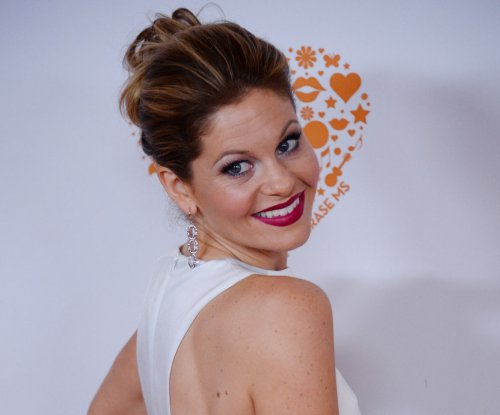 Candace Cameron Bure shares a selfie from the set of 'Fuller House'