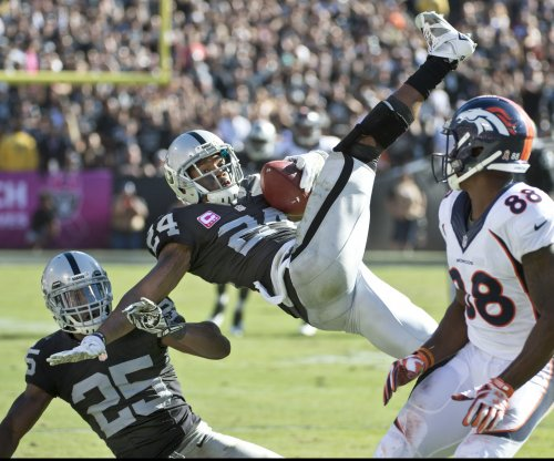 Chris Harris Jr. the hero as Denver Broncos beat Oakland Raiders